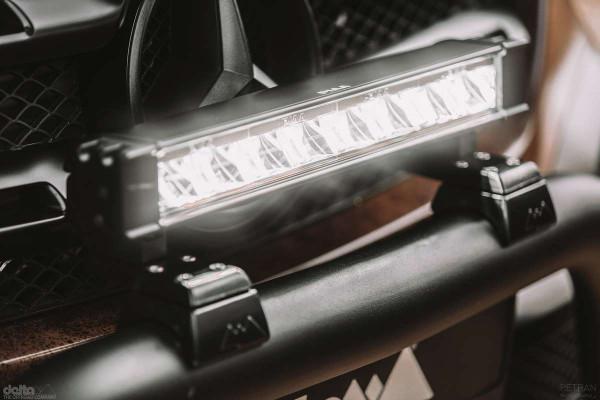 PIAA LED LightBar RF18 Driving