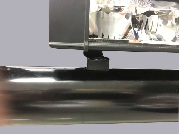 Scheinwerferhalter76RF steh.Bl